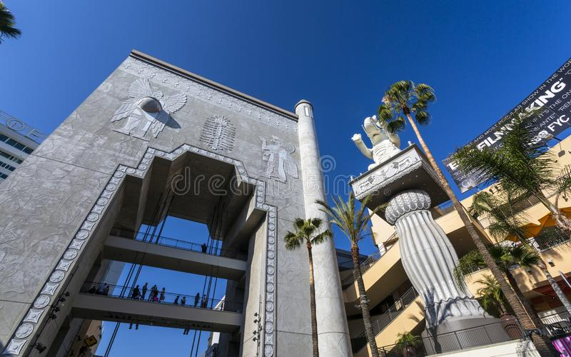 Hollywood & Hooglandwinkelcomplex, Hollywood-Boulevard, Hollywood, Los Angeles, Californië, de Verenigde Staten van Amerika royalty-vrije stock fotografie