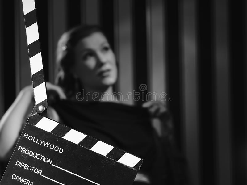 Hollywood kvinna och panelbräda arkivfoto