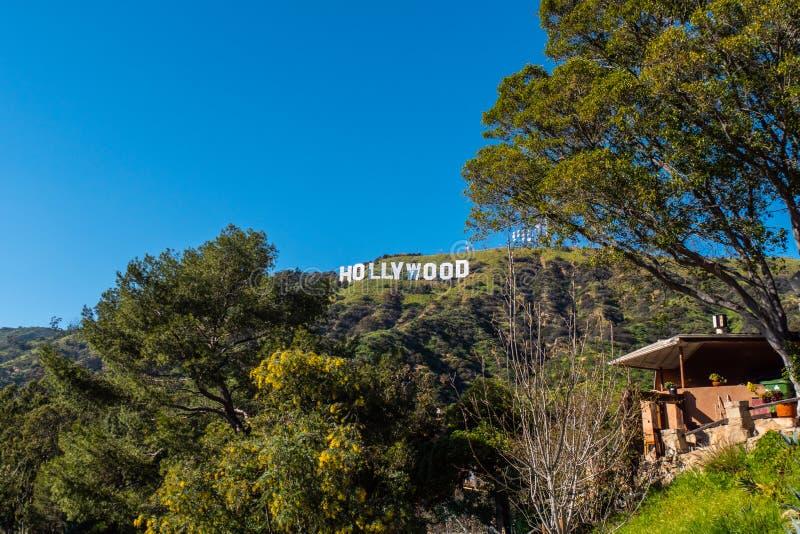 Hollywood signent dedans les collines de Hollywood - la Californie, Etats-Unis - 18 mars 2019 photographie stock libre de droits
