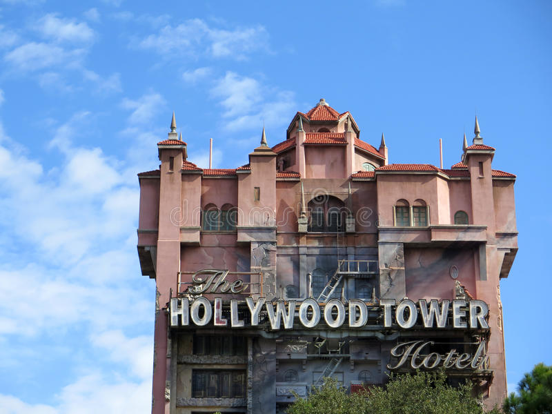 Hollywood wierza hotel przy Disney Hollywood studiami obraz royalty free