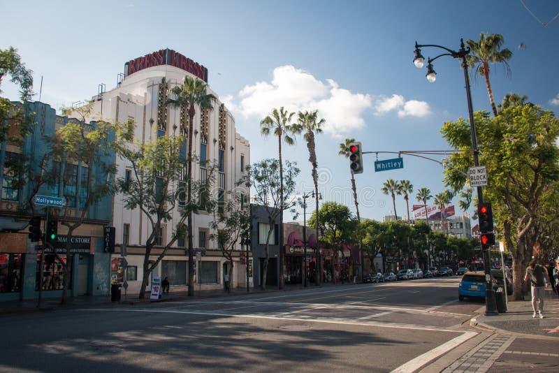 Hollywoodboulevard met gang van bekendheid, het Kress-gebouw in Los royalty-vrije stock afbeelding