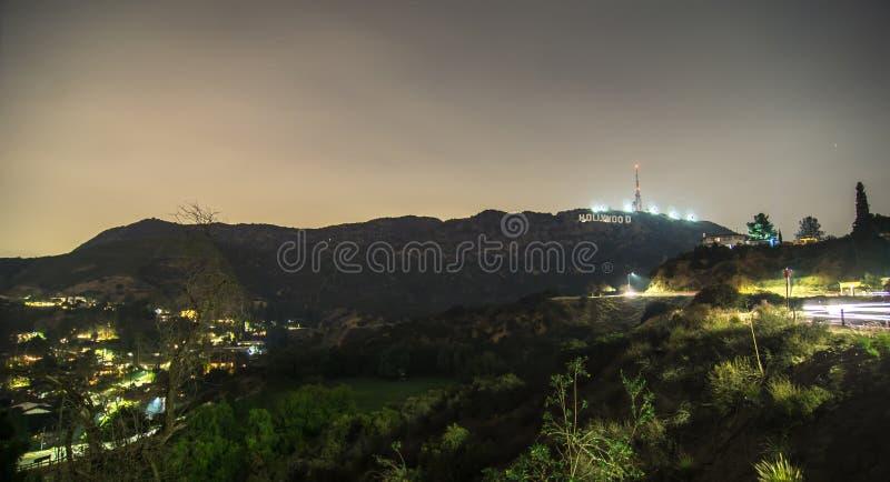 Hollywoodheuvels en omringend landschap dichtbij Los Angeles stock foto's