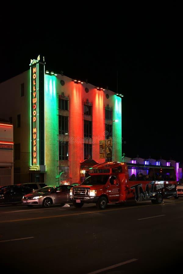 Hollywoodmuseum bij nacht stock fotografie