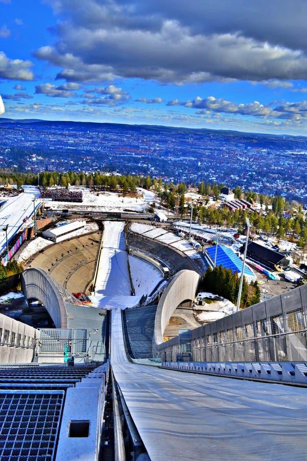 Holmenkollbakken narciarskiego doskakiwania wzgórze, Oslo, Norwegia, wiosna 2017 obraz royalty free