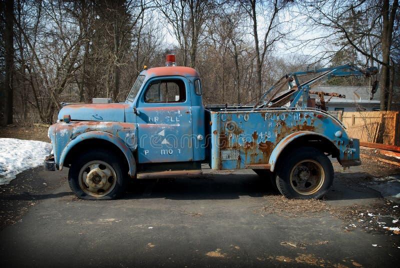 holowniczej ciężarówki rocznik obraz stock