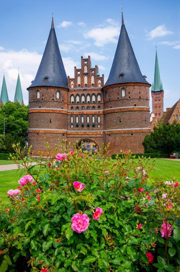 Holstentor. Lubeck, Alemania fotografía de archivo