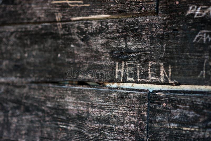 Holz geschnitzt mit dem Wort Helen stockfoto