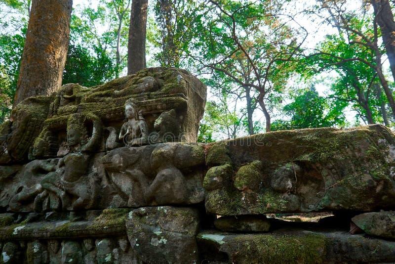Holz im Tempel komplexer Angkor Wat Siem Reap, Kambodscha stockbilder