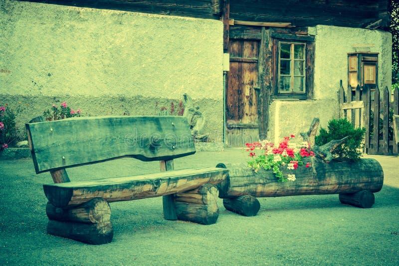Holzhäuser in Fiesch - der Schweiz stockfotos