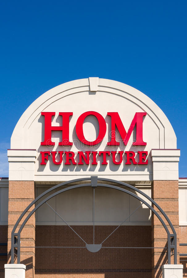 Hom Furniture Exterior and Logo. ST. PAUL, MN/USA - MAY 7, 2017: Hom Furniture exterior and logo. Hom Furniture is a home furnishing company in the United States royalty free stock photography