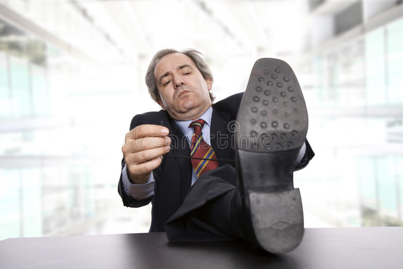 Hombre aburrido imagen de archivo