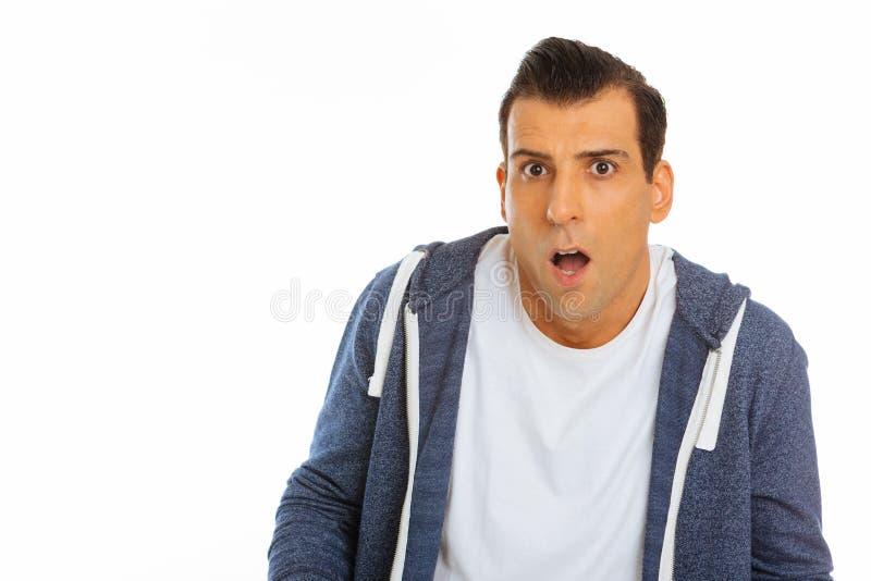 Hombre apuesto agradable que abre su boca fotos de archivo
