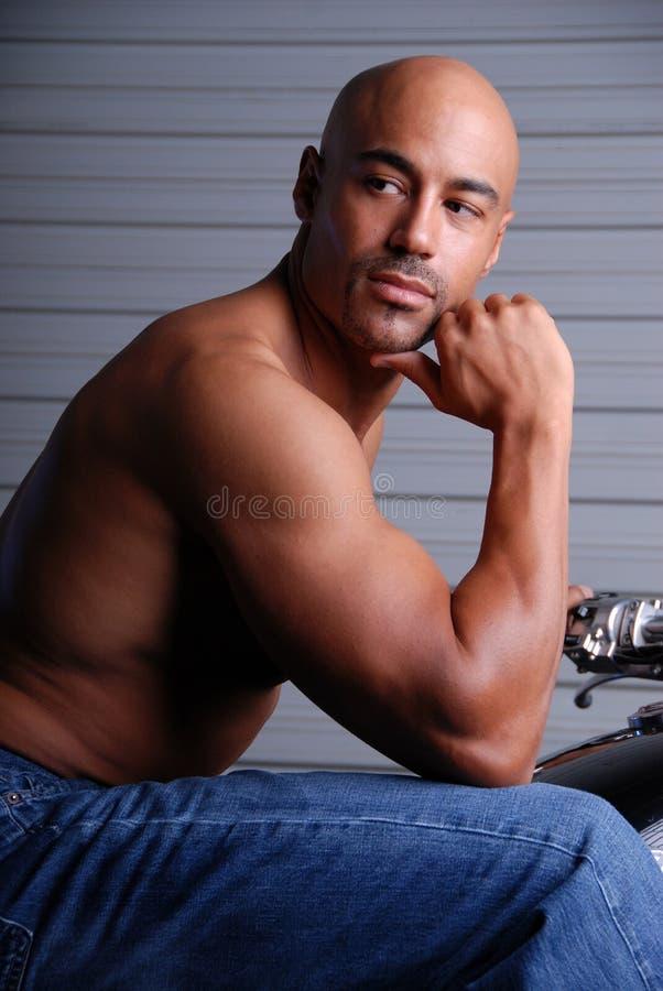 Hombre atractivo. foto de archivo
