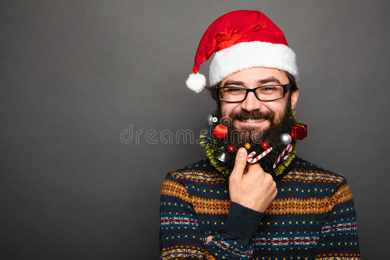 Hombre barbudo con el bigote y la barba adornada fotografía de archivo libre de regalías