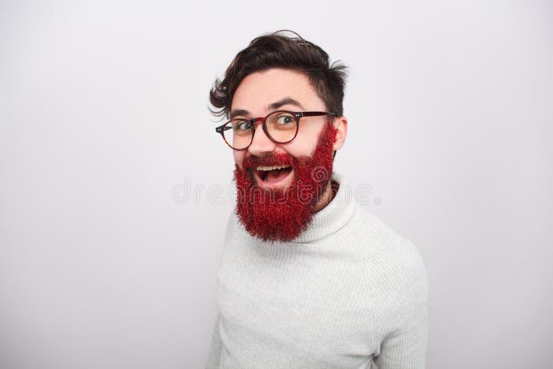 Hombre brillante con la barba roja que brilla foto de archivo