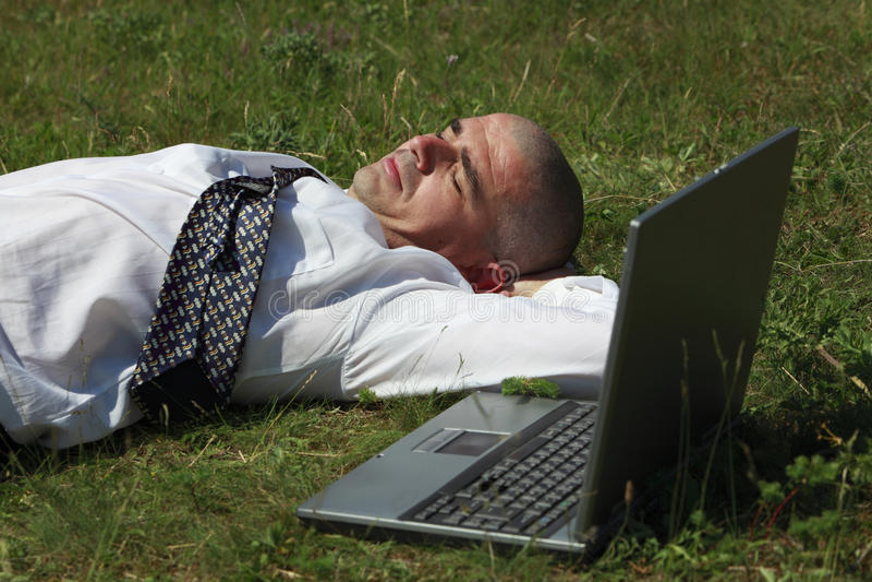 Hombre cansado foto de archivo