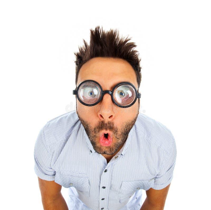 Hombre caucásico con la expresión sorprendida wow fotografía de archivo