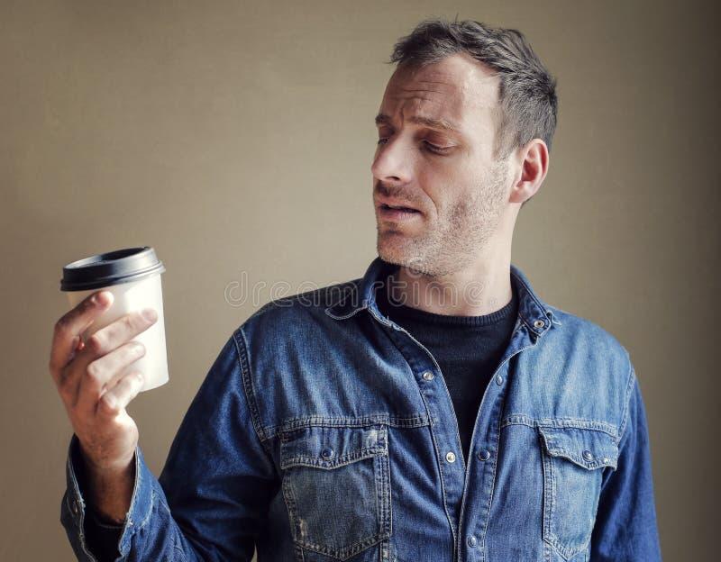 Hombre con café imágenes de archivo libres de regalías