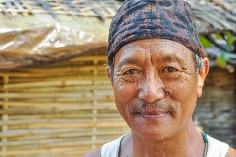 Hombre con el bigote en Nepal foto de archivo libre de regalías
