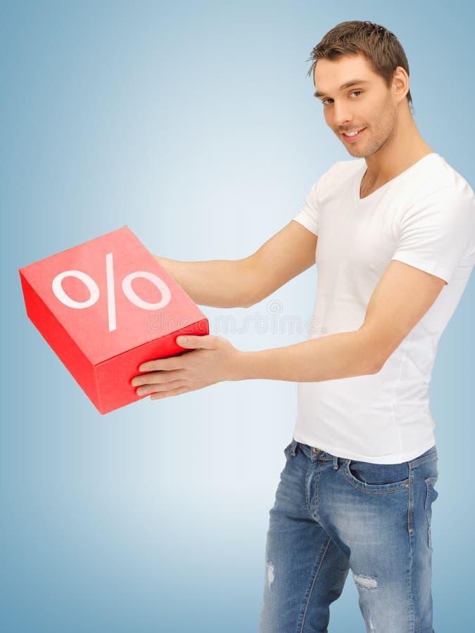 Hombre con la caja grande del por ciento imagen de archivo libre de regalías