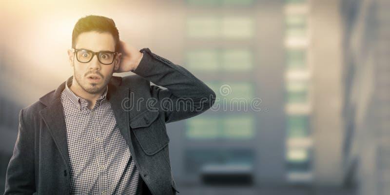 Hombre con la expresión de la sorpresa imagen de archivo libre de regalías