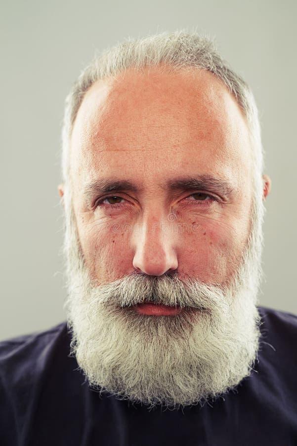 Hombre de mediana edad serio fotos de archivo libres de regalías