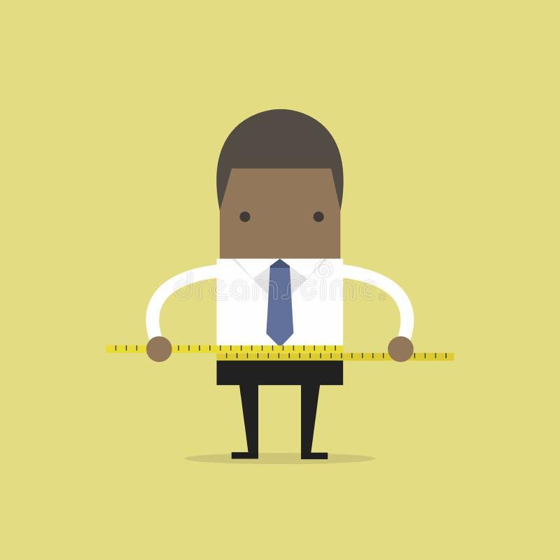Hombre de negocios africano que mide su cintura con la cinta de la medida stock de ilustración