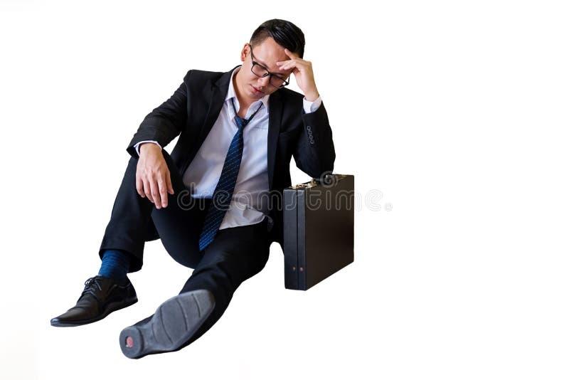 Hombre de negocios asiático de la tensión aislado en blanco imágenes de archivo libres de regalías