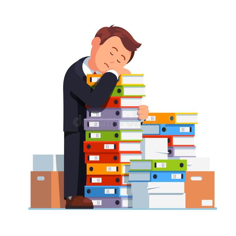 Hombre de negocios cansado que duerme en pila de papel apilada libre illustration