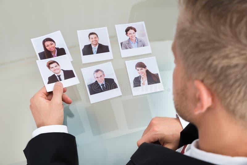 Hombre de negocios Choosing Candidate imágenes de archivo libres de regalías