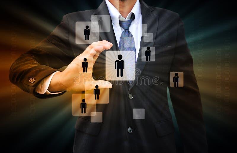 Hombre de negocios Choosing la persona adecuada libre illustration