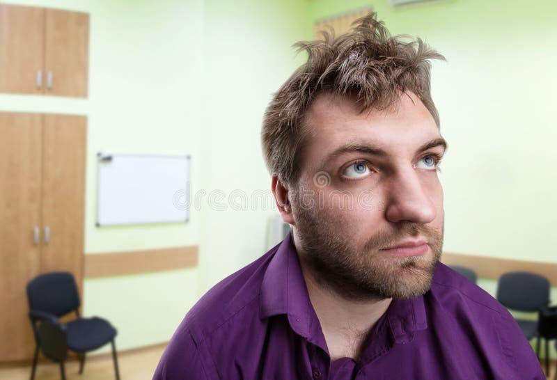 Hombre de negocios confuso foto de archivo