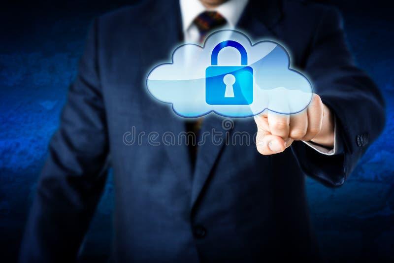 Hombre de negocios en icono bloqueado conmovedor de la nube del traje fotografía de archivo libre de regalías