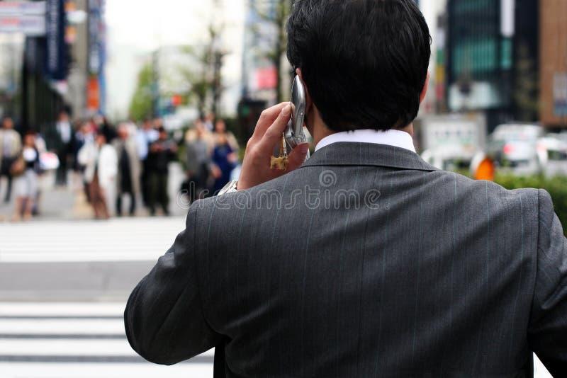 Hombre de negocios en la calle fotografía de archivo