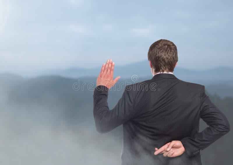 Hombre de negocios en paisaje de la naturaleza fotos de archivo