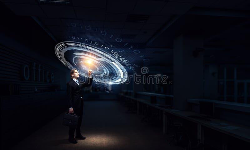 Hombre de negocios en su oficina Técnicas mixtas fotos de archivo libres de regalías