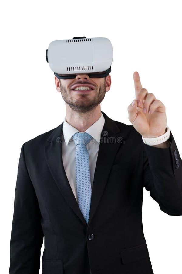 Hombre de negocios feliz con los vidrios del vr foto de archivo