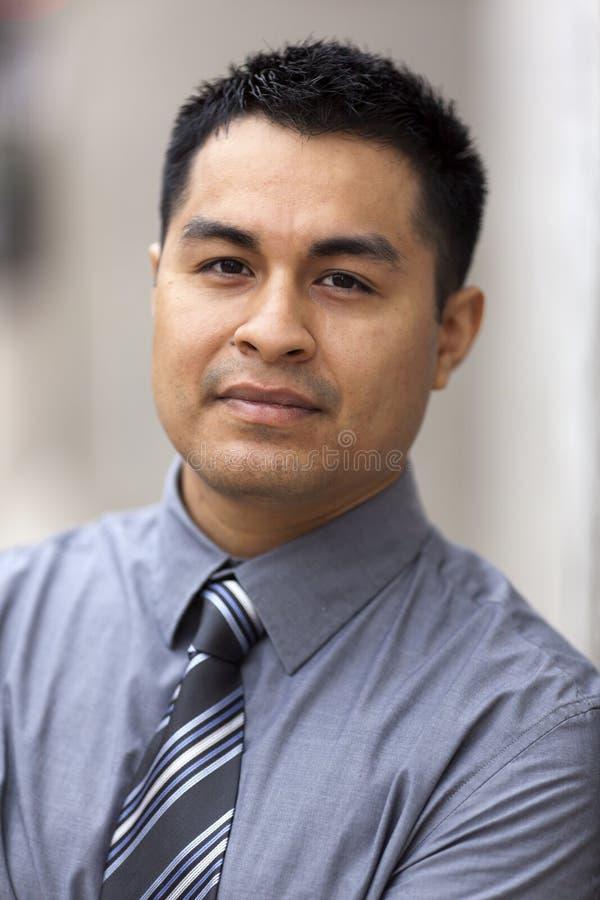 Hombre de negocios hispánico - retrato de Headshot fotos de archivo libres de regalías
