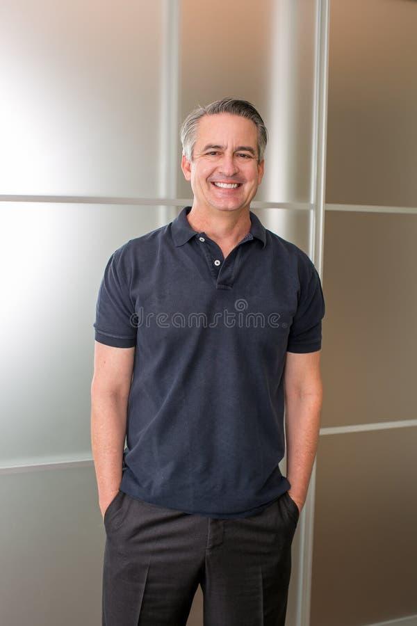 Hombre de negocios maduro casual fotografía de archivo libre de regalías