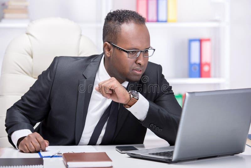 Hombre de negocios negro imágenes de archivo libres de regalías