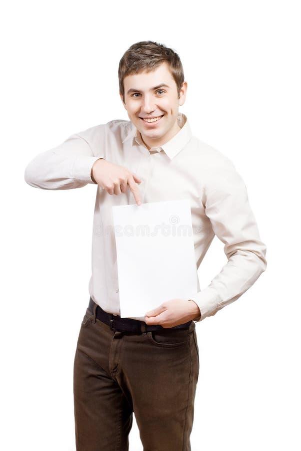 Hombre de negocios que da una tarjeta de visita en blanco fotos de archivo