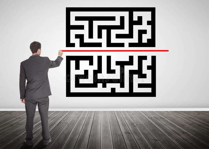 Hombre de negocios que dibuja una línea con código del qr imagen de archivo