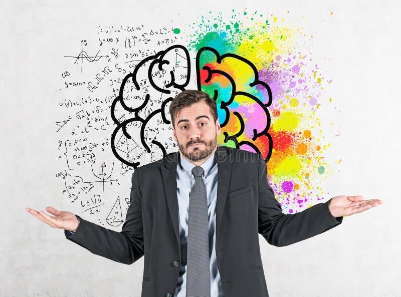 Hombre de negocios que encoge los hombros, bosquejo del cerebro stock de ilustración