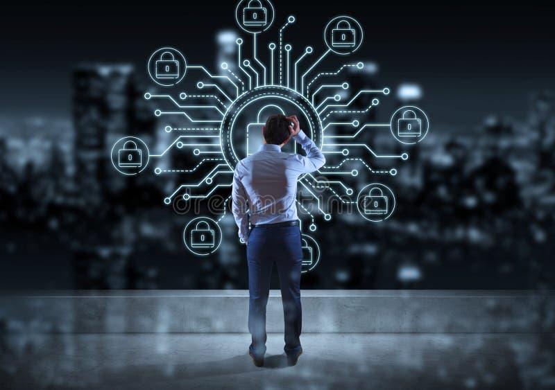 Hombre de negocios que mira la línea fina interfaz de la seguridad del web stock de ilustración