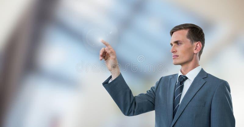Hombre de negocios que obra recíprocamente con el aire foto de archivo libre de regalías