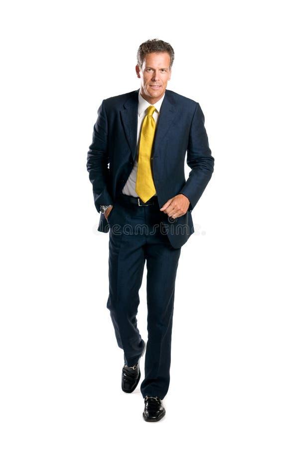 Hombre de negocios que recorre imagenes de archivo