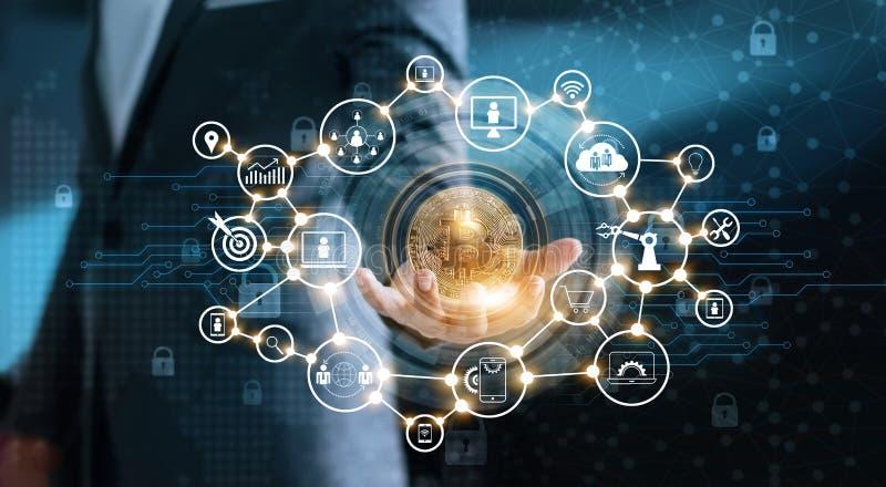 Hombre de negocios que sostiene cryptocurrency del bitcion disponible con la conexión de red del blockchain del icono stock de ilustración