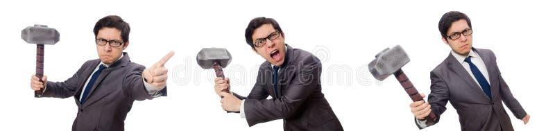 Hombre de negocios que sostiene el martillo aislado en blanco imagen de archivo