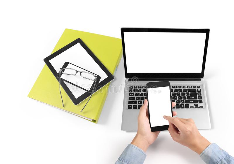 Hombre de negocios que usa smartphone digital a disposición fotografía de archivo libre de regalías