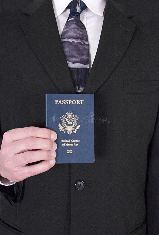 Hombre de negocios, recorrido de asunto, pasaporte, hojas de ruta (traveler) foto de archivo